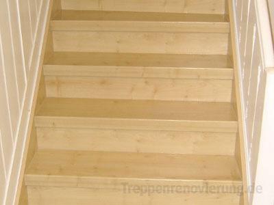 treppenrenovierung mit system alte treppen renovieren mit laminat vinyl oder echtholz. Black Bedroom Furniture Sets. Home Design Ideas